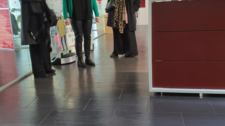 """Reunión coa Coordinadora Autonómica de Cruz Vermella do Programa """"Acollemento Familiar""""; Mónica Castelao."""